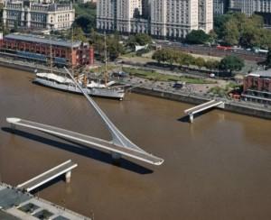 Puente de la Mujer, Argentina